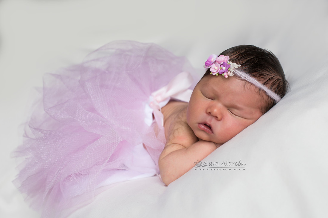 sesion-de-fotos-recien-nacido-newborn-en-lleida-fotografo-de-lleida_MG_3460