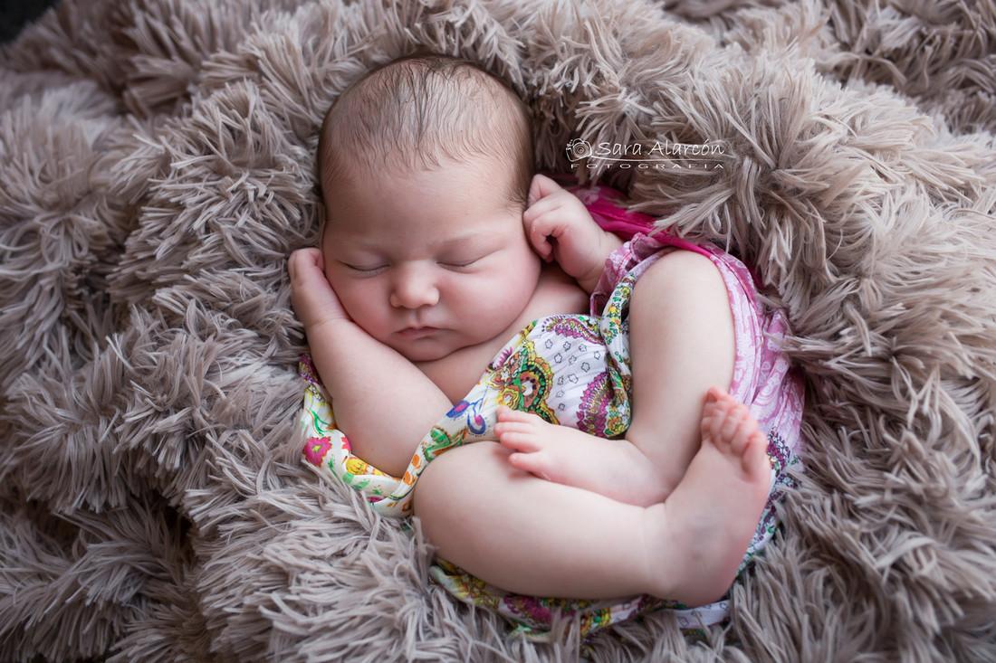 fotografa-enpecializada-en-newborn-en-lleida-sesion-newborn-en-lleida_MG_6852