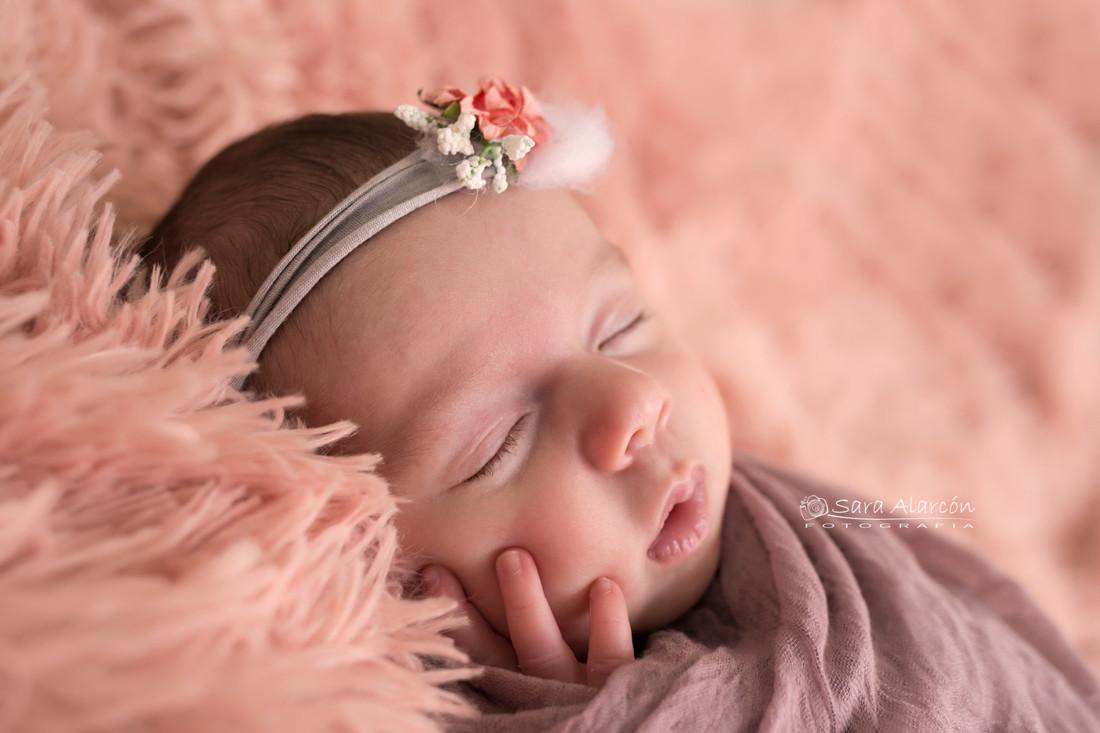 Fotografa-de-recien-nacidos-newborn-en-lleida-especialista-en-newborn_MG_6806